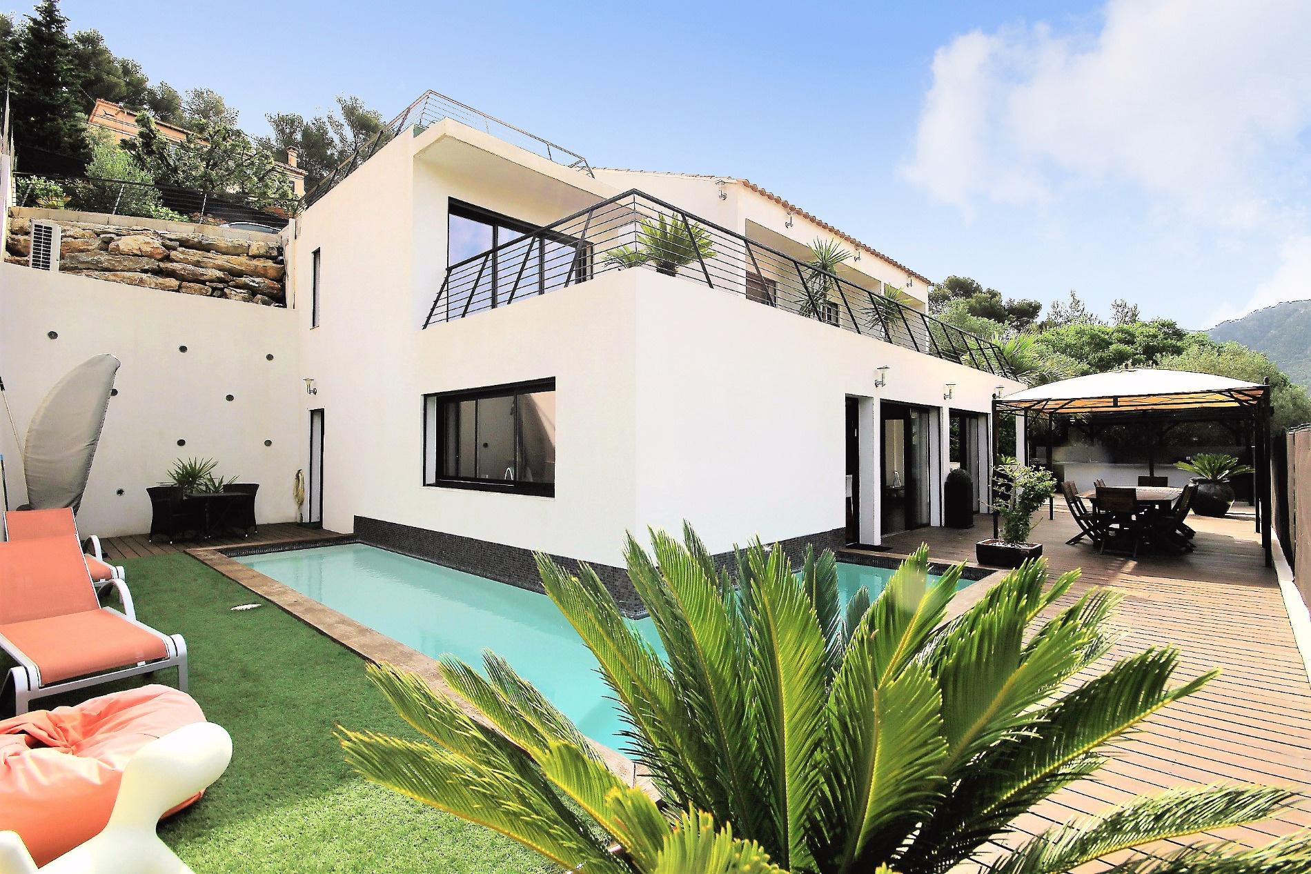 Vente maisons villas et appartements la valette du var for Achat maison la valette du var